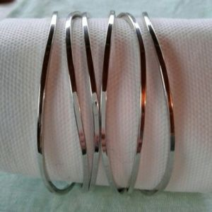 Silver Plated Sculpted Bangle Set